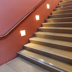 stairlight II (msdonnalee) Tags: stairs stairway escala escalier scala treppen diagonal architecture