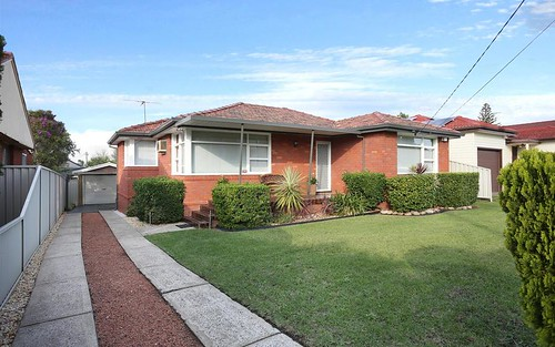 13 Garment St, Fairfield West NSW 2165
