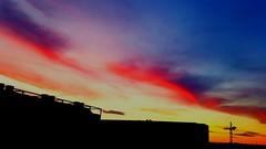 Ein flüchtiger Moment nur - Abendhimmel - #002 vivid + contrast (eagle1effi) Tags: s7 sky himmel abend sunset filderstadt filderado region stuttgart red colorful vivid hohe dynamik ein flüchtiger moment nur abendhimmel herma logisitk rollenlager hörmann bonlanden regionstuttgart