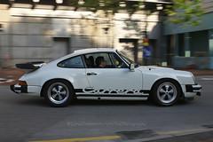 Porsche, 911SC, Tsim Sha Tsui, Hong Kong (Daryl Chapman Photography) Tags: ee9992 porsche 911sc german hongkong china sar tst tsimshatsui auto autos automobile automobiles car cars carspotting carphotography pan panning