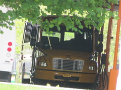 Freeman Bus Corp. #42 (ThoseGuys119) Tags: freemanbuscorp schoolbus watertownny thomasbuilt freightliner fs65 c2 saftliner yellowbumpers