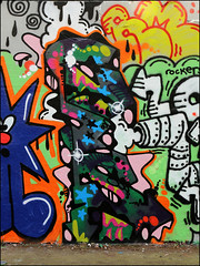 Cosa (Alex Ellison) Tags: stockwell halloffame southlondon urban graffiti graff boobs