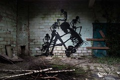 Usine Skeleton (Photography by Linda Lu) Tags: lostplace lostplacesbelgium lostplaces usineskeleton decayindetail decay discarded graffiti graffitis art urbanexploring urbex fabrik factory