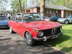 1971 BMW 2000 Touring (quicksilver coaches) Tags: bmw 2000 touring jpg20k bicesterheritage bicester