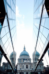 . (kaoh31) Tags: onmyway neverstopexploring momentofmylife justliving gooutside mytravelgram london travel traveling visitlondon thisislondon stpaulscathedral architecture