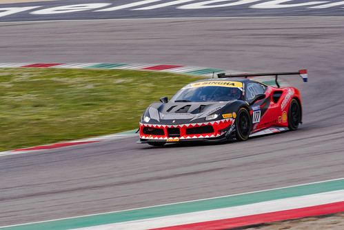 "Ferrari Challenge Mugello 2018 • <a style=""font-size:0.8em;"" href=""http://www.flickr.com/photos/144994865@N06/27932064718/"" target=""_blank"">View on Flickr</a>"