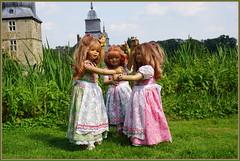 Hallo ... wir sind die Kindergartenkinder ... (Kindergartenkinder 2018) Tags: kindergartenkinder annette himstedt dolls tivi sanrike annemoni schloss lembeck