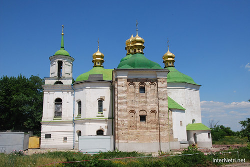 Церква Спаса на Берестові. Київо-Печерська лавра.