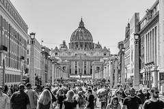 Cupola di San Pietro - Roma - Italy (essediphotodigital) Tags: piazzasanpietro papa sanpietro roma