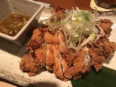 Japanese Fried Chicken @Somewhere in Tamachi.... (Phreddie) Tags: izakaya drunk dizzy yummy food party night tokyo japan