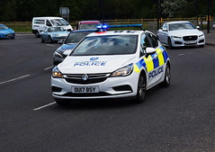 DSC_9329 (PeaTJay) Tags: nikond750 reading royalberkshire winnersh outdoor road vehicle publicservices police policecars emergencyvehicles vauxhall landrover jaguar mercedes mazda ford