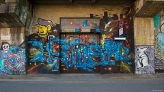 IMGP9776 Street art (Claudio e Lucia Images around the world) Tags: murales graffiti streetart milano vialemonza ferrovia via pontano milanese pentax pentaxk3ii sigma sigma1020 pittura face faccia murale art viapadova padova persone