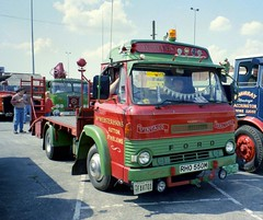 RHO550M (scouse73) Tags: ford truck 1973 73