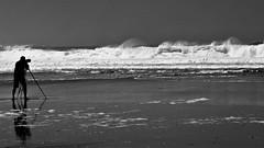 à Quiberon, plage de Port Bara (pileath) Tags: port bara quiberon avril april plage beach photographe ocean black white noir et blanc trepied