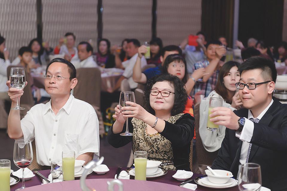 台南婚攝-台南聖教會東東宴會廳華平館-041