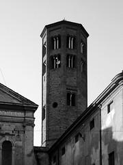 Bell tower of Santa Maria church (Alfredo Liverani) Tags: 7dayswithflickr 7dwf bw olympus c900z olympusc900z europa europe italia italy italien italie emiliaromagna romagna faenza faventia faience faenza1999