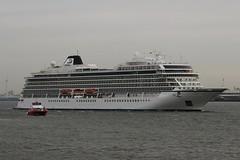 Viking Sun (das boot 160) Tags: vikingsun thor cruise cruiseliner cruising cruiseterminal ships sea ship river rivermersey port docks docking dock boats boat mersey merseyshipping maritime