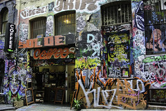 Street Art in Melbourne (2) - Coffee (Kat-i) Tags: australien kunst melbourne australia streetart wandmalereien art bunt colorful coffeeshop nikon1v1 kati katharina café