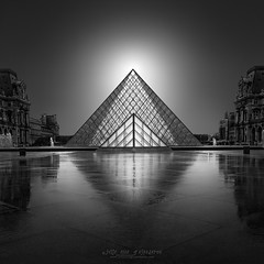 Enlightenment V  - Louvre Museum Pyramid Paris (Julia-Anna Gospodarou) Tags: architecture architecturalphotography parisphotography louvremuseum louvrepyramid juliaannagospodarou fineartarchitecturalphotography blackandwhitefineartphotography blackandwhite reflections envisionography phtd photographydrawing