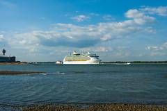 Navigator of the Seas (Rui Nunеs) Tags: navigatoroftheseas ship cruise solent southampton sea calshot beach vessel fujifilms6500