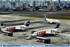 TAM Linhas Aéreas - PT-MRO (Aviacaobrasil) Tags: alexandrebarros tam fokker100 aeroportodecongonhas