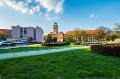 Zamek i pałac (jaceek81) Tags: zamek castle palace palast żary sorau polska lubuskie architektura pentax k50