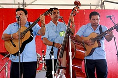 Voces y Guitarras (miosoleegrant2) Tags: tx texas music coustume men male guy sing festival sanantonio texasfolklifefestival texasfolklife event annual ethnicities instituteoftexancultures culture celebration lonestar ethnic food dance arts crafts