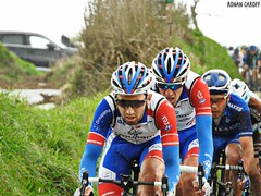 DSCN3844 (Ronan Caroff) Tags: cycling cyclisme ciclismo cyclist cycliste cyclists velo bike course race trobroleon coupedefrance france bretagne breizh brittany 29 finistère lannilis ribin ribinou dust mud poussiere boue men man sport sports avril april