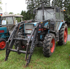 3088 (Schwanzus_Longus) Tags: bruchhausen vilsen german germany old classic vintage farm farming vehicle machine field work tractor eicher 3088