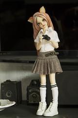 Little paparazzi girl (Martoola) Tags: fairyland doll bjd minifee mirwen kitsune girl msd