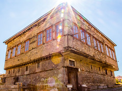 old house of Erzurum (isoVlog) Tags: house old erzurum mimari architectural ev eski tarihi historical sunny day turkey türkiye structure city roof famous place town şehir