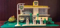 Lesney Matchbox MG1 Service Station (Tall Guy) Tags: matchbox service station bp tallguy uk