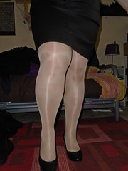 Shiny Tights (Misses Magpie) Tags: shinypantyhose shinytights pantyhose tights nudepantyhose nudetights