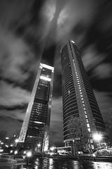 ROB_3232 (RobertoGomezFotografia) Tags: madrid madriz 4 torres tower towers nigth long longexposure arquitectura ligth lights spain nikon nikond800e eurostars cepsa kio