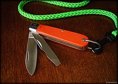 Marble's Electrician Knife with Paracord Lanyard (Stormdrane) Tags: marbles stormdrane electrician knife folder blade screwdriver wirestripper linerlock orange g10 scales stainless steel liners nickle silver bolsters pins bail lanyard neongreen spoolknit parachutecord typei 95 snaphook edc everydaycarry pa gadgetdrawer clean lubricate pocketdump retention useful decorative utility gift christmas birthday 2013 2018 oiling photo pic share lossprevention