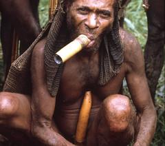 NG-Dorrestein-055b (Stichting Papua Erfgoed) Tags: papua stichtingpapuaerfgoed pace papuaheritagefoundation nederlandsnieuwguinea irianjaya irianbarat newguinea voormalignederlandsnieuwguinea