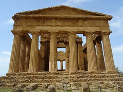 Temple of Concordia (stillunusual) Tags: sicily italy agrigento valleyofthetemples valledeitempli vaddidilitempri agrigentum akragas history historicalplaces templeofconcordia temple greektemple dorictemple pillar building architecture sky holiday vacation travel travelphotography travelphoto travelphotograph 2018