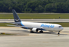 Amazon Prime 767 - Tampa (Infinity & Beyond Photography: Kev Cook) Tags: amazon prime air airlines boeing 767 b767 tampa international airport aircraft plane cargo freighter 767f