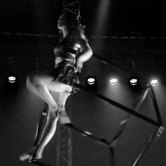 Pole Dancer ¬ 0543 (Lieven SOETE) Tags: young junge joven jeune jóvenes jovem feminine 女士 weiblich féminine femminile mulheres lady woman female vrouw frau femme mujer mulher donna жена γυναίκα девушка девушки женщина краснодар krasnodar body corpo cuerpo corps körper tänzer dancer danseuse tänzerin balerina ballerina bailarina ballerine danzatrice dançarina sensual sensuality sensuel sensuale sensualidade temptation sensualita seductive seduction pole paaldans kutup dansı полюсный танец