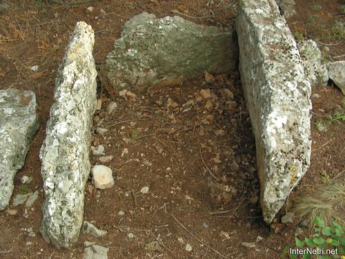Крим, Таврські могильники на горі Кішка InterNetri Ukraine 2009 130