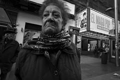 Madrid. (Sergio Escalante del Valle) Tags: sergio street spain suburb suburbio escalante foto fotografia fotografía photo photography photographie people portrait centro madrid españa blanco blanconegro blackwhite black white