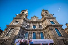 Geht, heilt, und verkündet (Melissa Maples) Tags: innsbruck österreich austria europe nikon d3300 ニコン 尼康 sigma hsm 1020mm f456 1020mmf456 winter cathedral church domzustjakob domstjacob deutsch german text sign blue sky