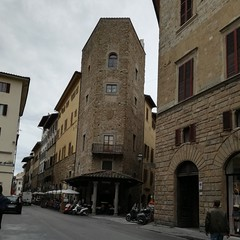 Via de' Benci, Florence, great for sightseeing, eating, night life (Hospitality Travel and Tourism) Tags: florence florenceitaly visitflorence tuscany italy