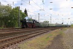 SSN 01 1075 komt Trier HBF Binnen (vos.nathan) Tags: db deutsche bundesbahn br 01 baureihe ssn stoom stichting nederland 1075 trier hbf hauptbahnhof