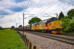 37219 + 37116 - Dagworth - 12/05/18. (TRphotography04) Tags: colas rail freight 37219 jonty jarvis 8121998 1832005 37116 rumble past dagworth working the 565 special take 2 branch line society 1z56 0544 carnforth norwich railtour