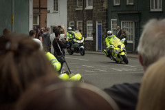 Here they come! (barronr) Tags: england knaresborough rkabworks tourdeyorkshire yorkshire bathgatephotographer cycling motorbike police race
