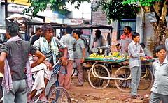 Kolkata Street (gerard eder) Tags: world travel reise viajes asia southasia india kolkata calcutta city ciudades cityscape cityview städte street stadtlandschaft streetlife urban urbanlife urbanview people peopleoftheworld outdoor
