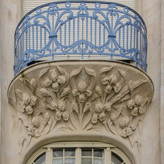 Villa Brion - Balcon (Zéphyrios) Tags: strasbourg alsace basrhin grandest d7000 nikon neustadt artnouveau ferronneriedart ferforgé ferronnerie xx pierredetaille baroque voûte iris augustebrion