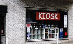 Each beer 1,20 € (frankdorgathen) Tags: alpha6000 sigma60mmemount fassade facade banal banality mundane ruhrpott ruhrgebiet essensüd moltkestrase kiosk