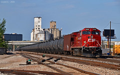 """Westbound Unit Train in North Kansas City, MO (""""Righteous"""" Grant G.) Tags: cp canadian pacific railroad railway locomotive ge power kansas city missouri west westbound oil special unit train bnsf north"""